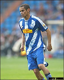 Bochum midfielder Mimoun Azaouagh