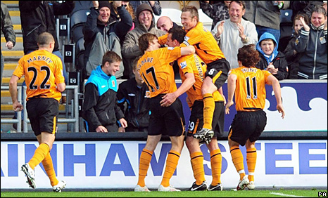Hull celebrate after Jan Vennegoor of Hesselink puts them ahead