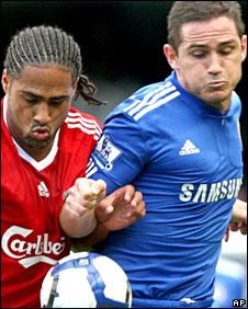 Chelsea's Frank Lampard challenges Glenn Johson