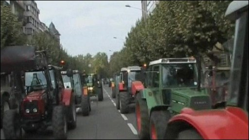 Tractor blockade