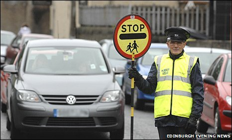 Lollipop man, John Hunter (Pic: Edinburgh Evening News)