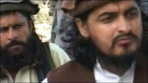 Hakimullah Mehsud (right) meets reporters