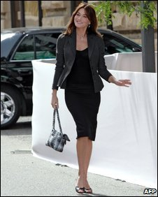 Carla Bruni in Pittsburg, USA, Sept 2009