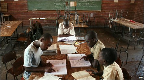 Zimbabwean children at school