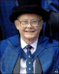 MRI Scanner pioneer Sir Peter Mansfield