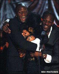 Zalon (left) and Heshima Thompson (right) with Amy Winehouse