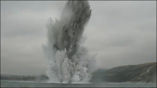 Controlled explosion