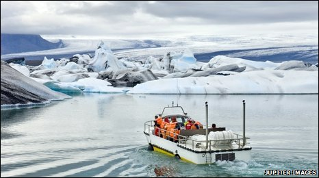 Vatnajokull lagoon