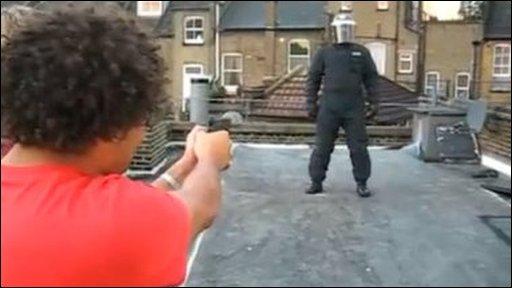 Man shooting 'police officer'