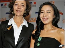 France's Minister for Foreign Trade Anne-Marie Idrac and Jeon Do-Yeon