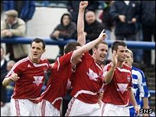 County celebrate their winning goal