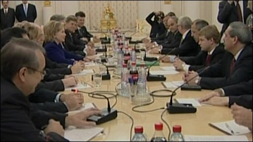 Hillary Clinton and Sergei Lavrov in talks