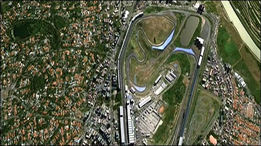 Zoom in and fly around Interlagos