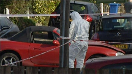 Forensics look at car bomb was put under