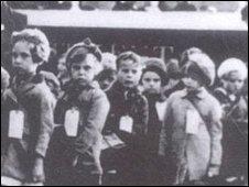 WWII evacuees