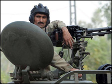 A Pakistani soldier guards installations in Lahore   - 15 October 2009