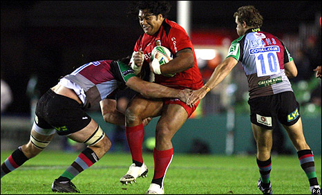 Toulouse's Census Johnston is tackled at the Stoop