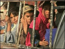 Pakistani children fleeing fighting in South Waziristan