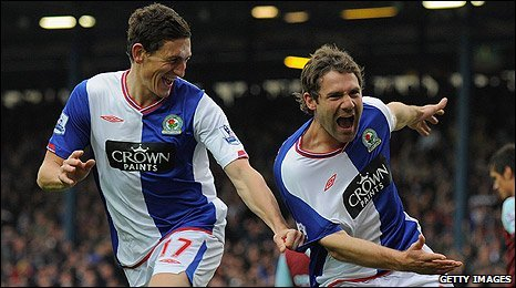 Keith Andrews and David Dunn celebrate