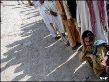 Internally displaced Pakistani civilians in Dera Ismail Khan