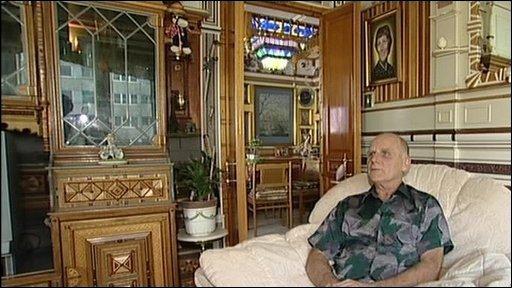 Adrian Reeman's flat