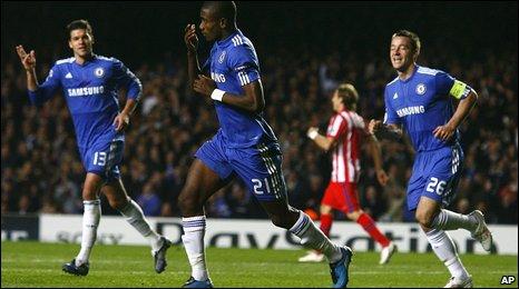 Salomon Kalou (centre) celebrates scoring for Chelsea