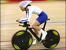 Sarah Storey in action