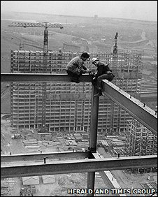Red Road flats under construction