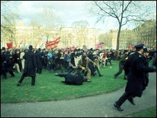 1968 protests outside the US embassy