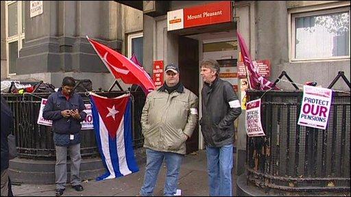 Postal strikers