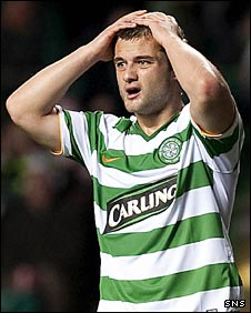 Shaun Maloney in despair after his miss
