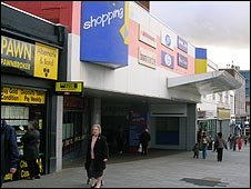 Shopping Mall in Dagenham
