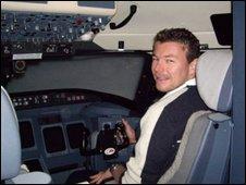 Capt Robert Mansell