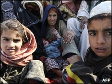 An internally displaced Pakistani family