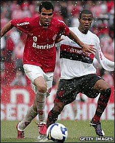 Sandro (Left)