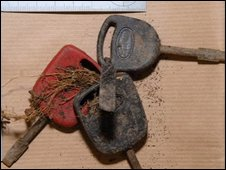 Keys found near Melanie Hall's remains
