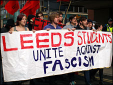 Anti-fascist protesters (photo by Girish Gupta)