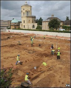 The archaeological dig in the centre of Oxford