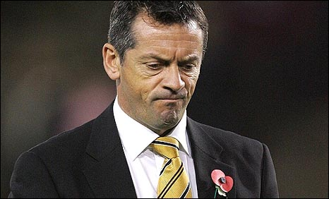 Under pressure Hull boss Phil Brown