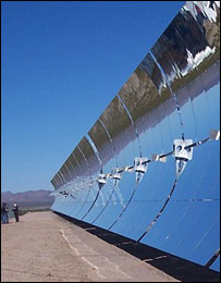 Solar mirrors. Image: Renewableenergyaccess.com