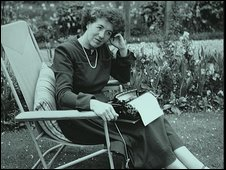 Enid Blyton courtesy of the Hulton Archive