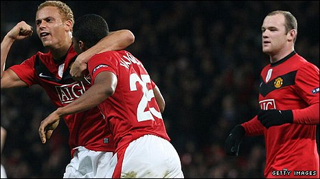 Wes Brown and Antonio Valencia