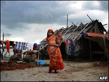 Displaced family in Bangladesh August 2009