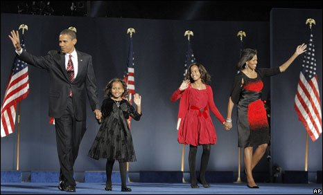 Obama family at the election rally 4 November 2008