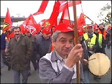 Opel workers protest outside the Ruesselsheim factory