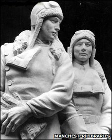 The statue of Alcock and Brown at Heathrow Airport