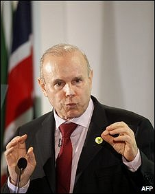 Brazilian Finance Minister Guido Mantega in London, 5 November 2009
