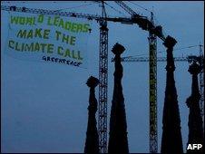 Greenpeace banner (AFP)