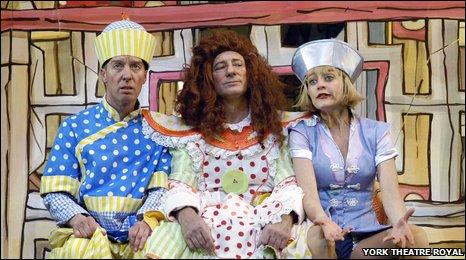 Martin Barrass, Berwick Kaler, Suzy Cooper. York Theatre Royal pantomime