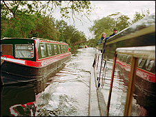 Narrowboats (Image: British Waterways)